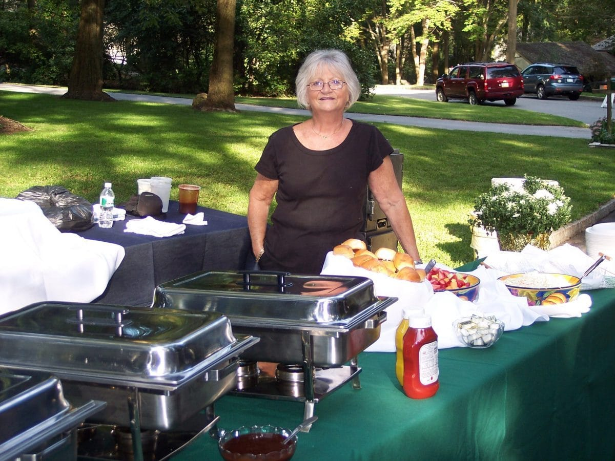 Best-staff-bbq-catering