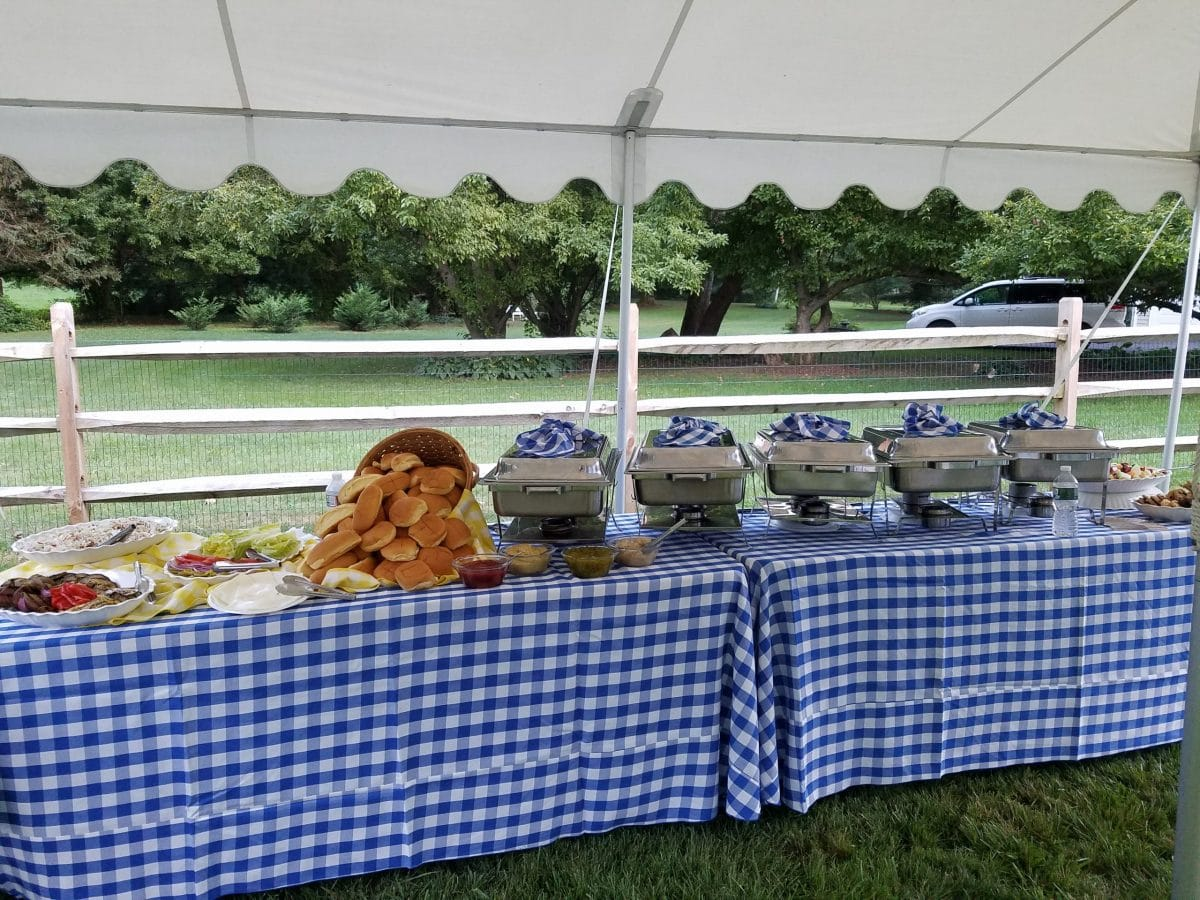 backyard-catering-buffet