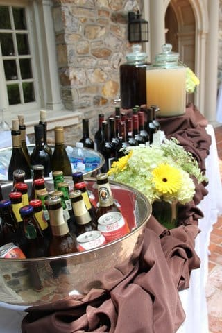 beer-wine-soda-bar-setup-outdoors-wedding